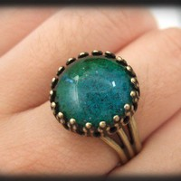 MOODSTONE RING, vintage glass cab antique brass ring