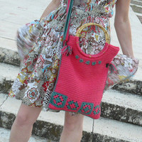 Granny squares crochet handbag in hot pink and green