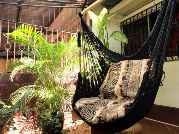 Black Sitting Hammock, Hanging Chair Natural Cotton and Wood