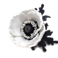 Felt flower brooch White Poppy