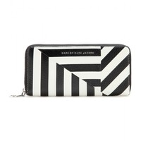 marc by marc jacobs - slim zip-around leather wallet