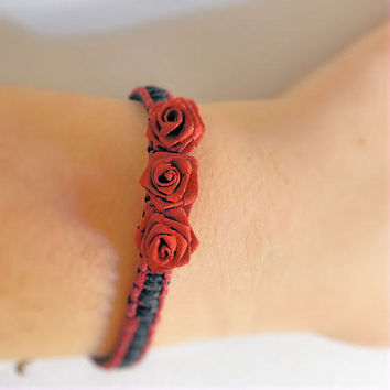 Bracelet (or very small dog necklace)- Hemp & Roses- Red/Black