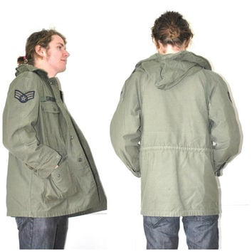 ARMY green MILITARY windbreaker / vintage 1970s army surplus AIRFORCE parka jacket