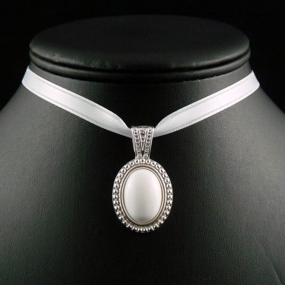 White Jade Silver Cameo Pendant with Satin Choker Necklace - Victorian, Renaissance, Romantic, Bridal, Wedding, Lolita