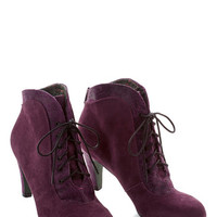 To Be Ornate To Be Bootie