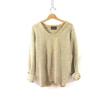 vintage slouchy wool sweater. natural oatmeal speckled sweater. oversized pullover shirt.