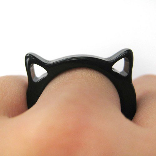 Acrylic Cat Animal Ring in Black - Size 6