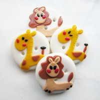 Giraffe And Lion - Set Of 4 Polymer.. on Luulla