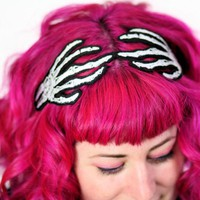 Skeleton Hands Headband, Wired Hair.. on Luulla