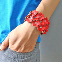 bangle leather bracelet buckle bracelet women bracelet girls bracelet with red flowers to the shape of the leather diamond cuff  SH-1748
