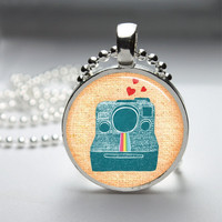 Round Glass Bezel Pendant Vintage Polaroid Camera Pendant Polaroid Camera Necklace Photo Pendant Art Pendant With Silver Ball Chain (A3910)