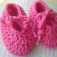 Strawberry Crochet Baby Shoes 6 To .. on Luulla