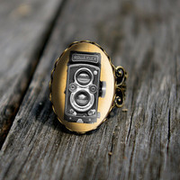 Vintage style Rolleiflex camera - adjustable ring