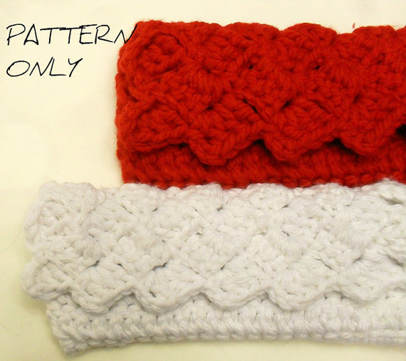 Crochet Clutch Bag Pattern : Grandmas Crochet Clutch Purse Pattern from With Love From