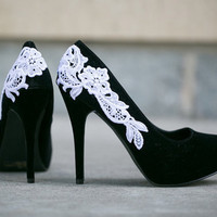Black Heel With Venise Lace Applique. Size 8.