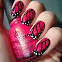 butterfly nails