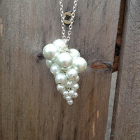 Grape Bunch Glass Pearl Necklace