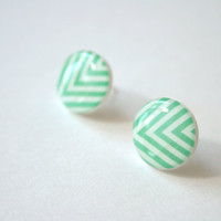 Chevron Patterned Post Earrings in Mint