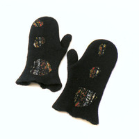 Felted mittens - black wool mittens - winter fashion - school girl