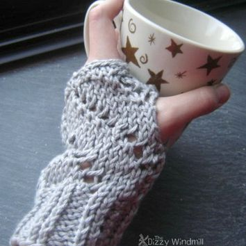 """""""Barista"""" eyelet Mitts, more colors from The Dizzy Windmill"""