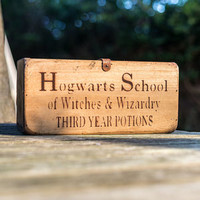 Unique Gift Ideas and Personalised Gifts | notonthehighstreet.com