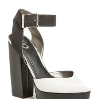 DailyLook: Circus by Sam Edelman Nyla Heels in Black / White 6 - 10