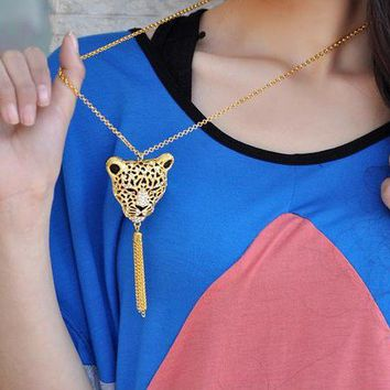 Gold Tone Rhinestone Leopard Head Tassels Pendant Necklace at Jewelry Store Gofavor