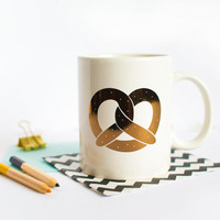 Golden Pretzel Mug