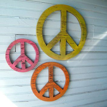 Give Peace a Chance Wooden Peace Symbols  Set by SlippinSouthern