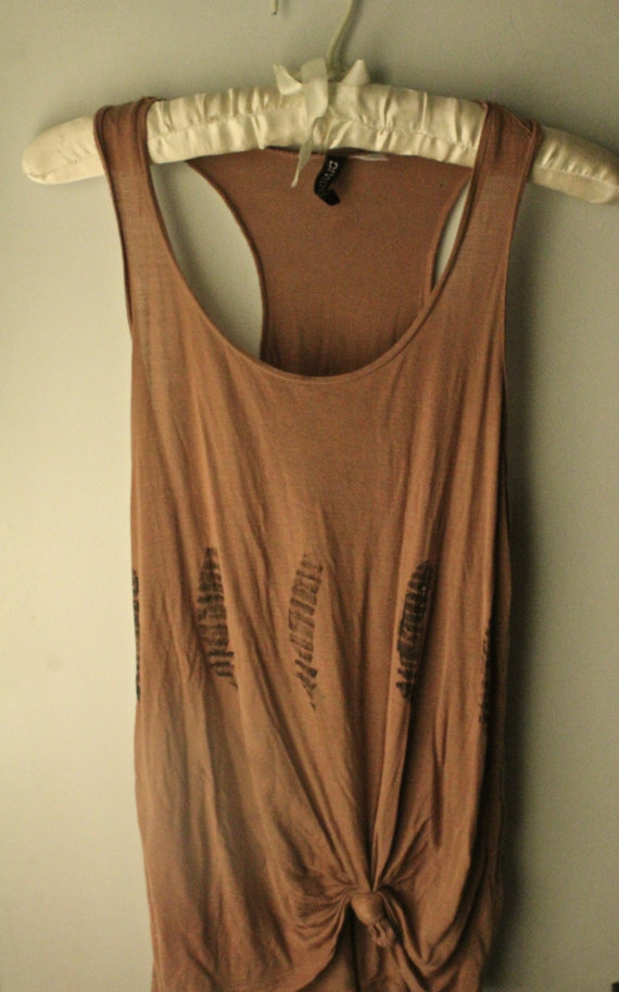 Light Brown Feather Tank