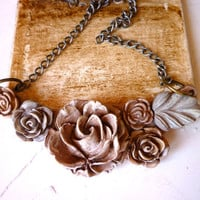 Shabby Chic Distressed Flower Cluster - Powder