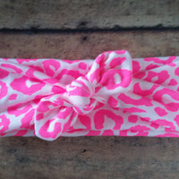 Neon Pink Cheetah Knotted Bow Headband / Leopard Knot Headwraps / Knotted Turban / Newborn Baby Girl Kids Women Children Adult Photo prop