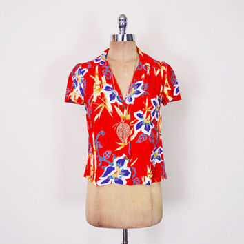Red Hawaii Shirt Hawaii Blouse Hawaii Top Hawaii Floral Blouse Tropical Floral Shirt Red Floral Top Floral Print Blouse 80s XS Extra Small S