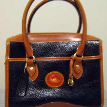 Vintage Dooney & Bourke Purse Pebbled Leather Handbag Medium Size 100% Authentic