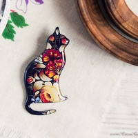 Black cat brooch with red flowers, Cat jewelry, Native jewelry, Cat silhouette, Autumn brooch, Woodland jewelry, Animalistic brooch, Boho