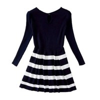 Woman's Stripes Pattern Round Neck Knitted Dress with Cut Out Back S091917