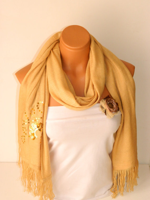 spring scarf,plaid ,shawl,scarf, gift,pashmina shawl and satin brooch, 2012 trends, latest fashion scarf