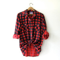 Vintage red checkered flannel / boyfriend flannel / Grunge lumberjack shirt / Buffalo check shirt.
