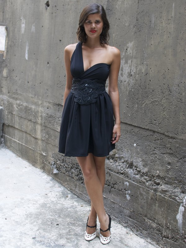 a pair and a spare . diy fashion: DIY LBD #3 - The Wrap Mini Dress