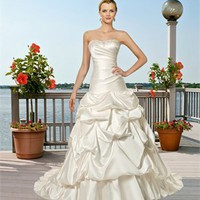 Elegant strapless satin ball gown Ivory satin Beach Wedding Dresses WDB040