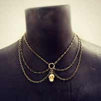peterpan chain collar with skull