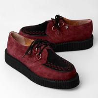 T.U.K. Men's Low-Round Suede Creeper Shoe W/ Interlace - Burgundy