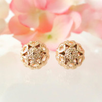 Vintage Button Earrings, Gold Dainty Flower Studs, Gold Plated Post, Floral earrings, Feminine Chic, Bridesmaid Earrings, Vintage  Earrings