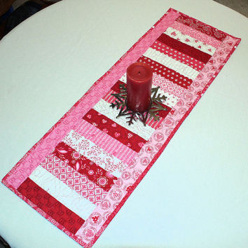 Red and Pink Table Runner Quilt by Deb Strain for Moda - Surrounded by Love in Pink, Red and White, Home Gifts, Wedding, Valentines Day