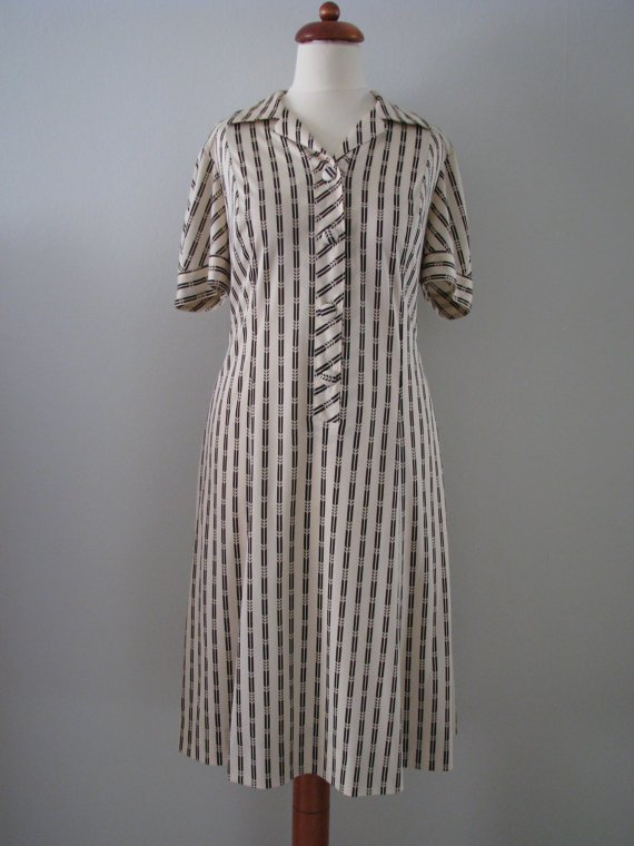 70s Natural White Shirtwaist Dress w/ Brown Geometric Art Deco Striped, L-XL // Vintage Day Dress