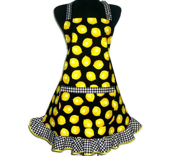 Retro Kitchen Apron,  Lemons and Checks, Hostess Style with Ruffle