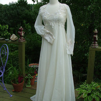 Wedding gown 1970s vintage empire with lace appliques flowey hippie boho style chic