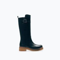 Contrast leather boot
