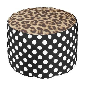 Black and White Polkadot Pattern Round Pouf