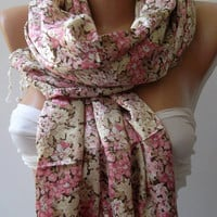 Pink -Elegance Shawl // Scarf